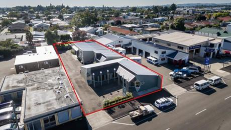 509 Queen Street West, Hastings Central