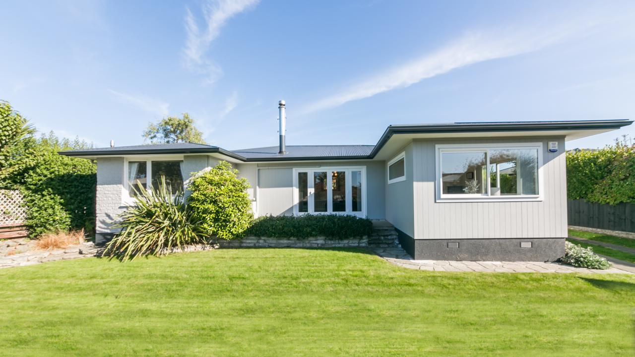 11 Lipscombe Crescent, Havelock North