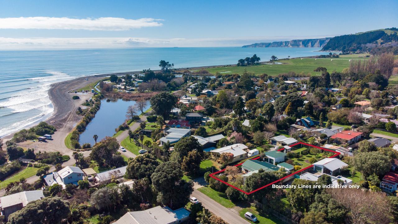 12 Leyland Road, Te Awanga