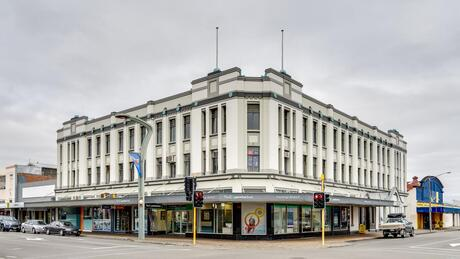200 Queen Street West and 124 Market Street, Hastings