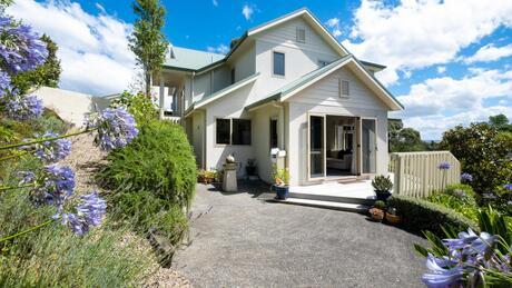 20b Tauroa Road, Havelock North