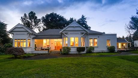 82 and 90 Victoria Avenue, Dannevirke
