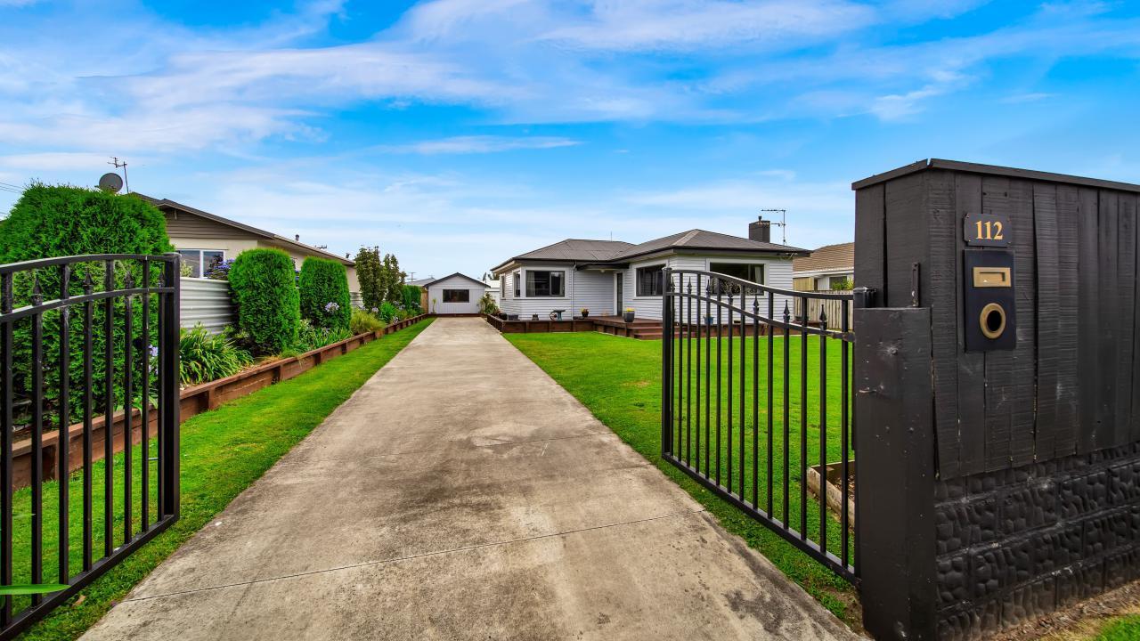 112 Glover Road, Hawera