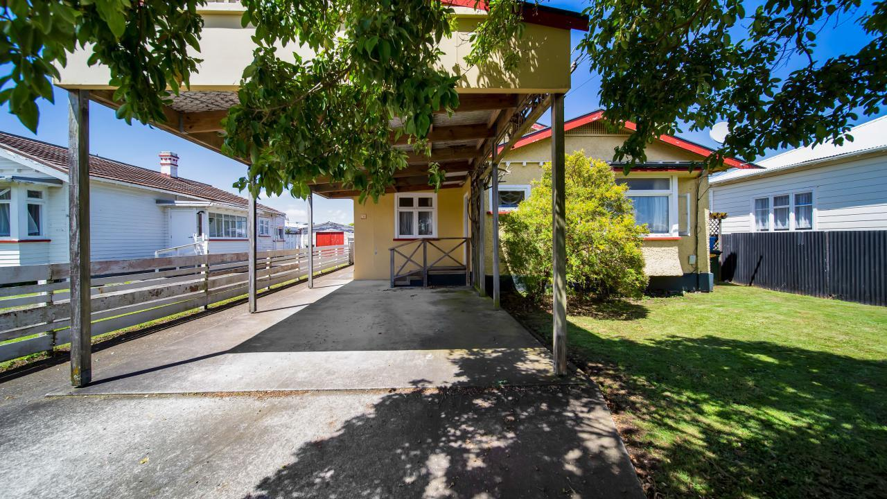 82 Victoria Street, Hawera