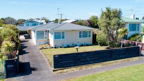 41 Oxford Road, Springvale