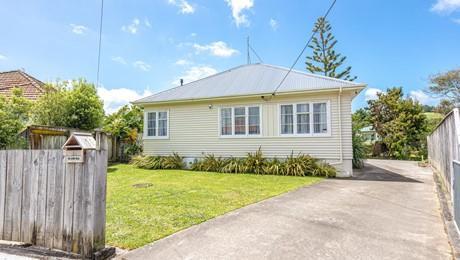 11 Clapham Place, Whanganui East