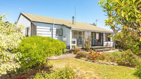 42 Raine Street, Whanganui East