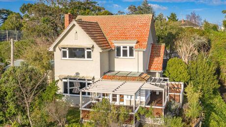 85 Great North Road, St Johns Hill