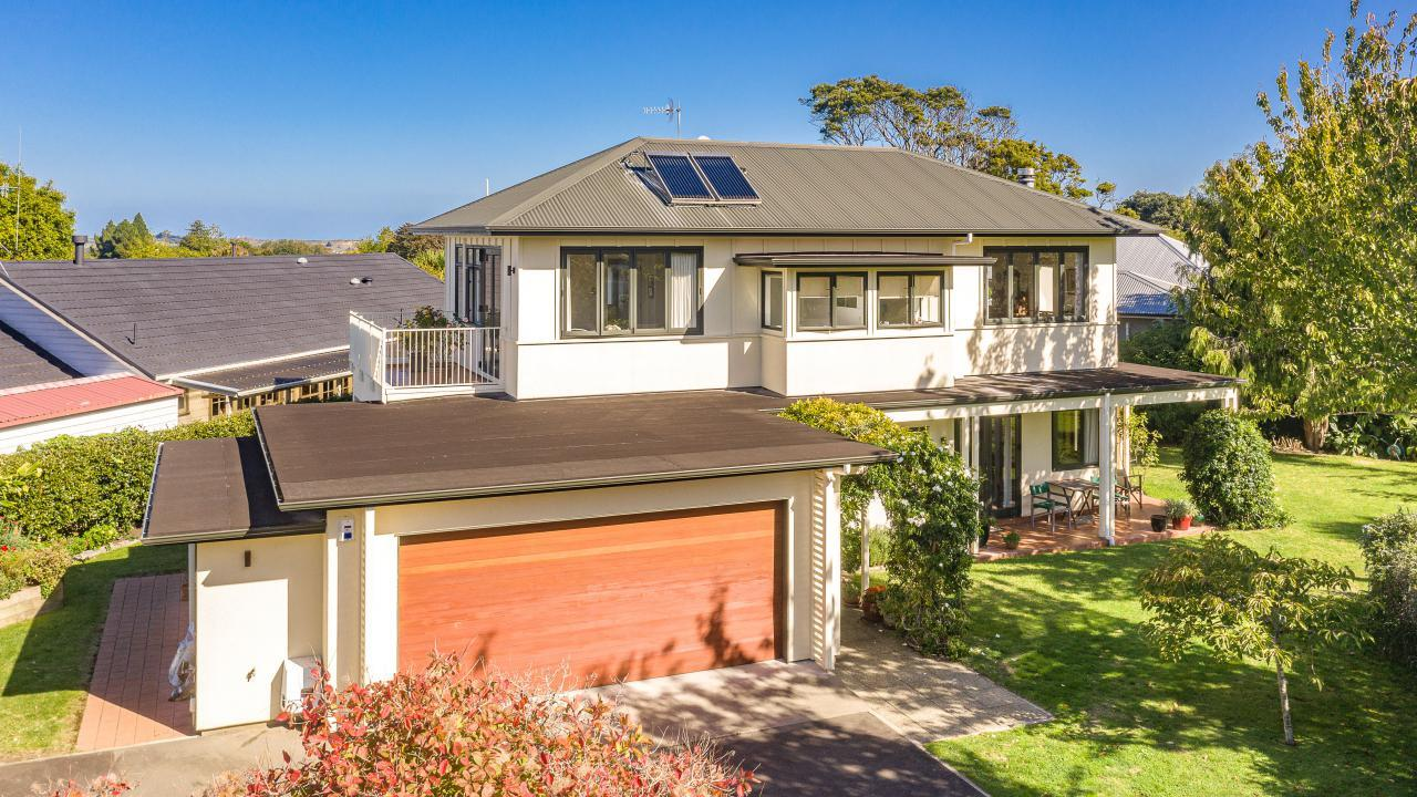 37 Great North Road, St Johns Hill