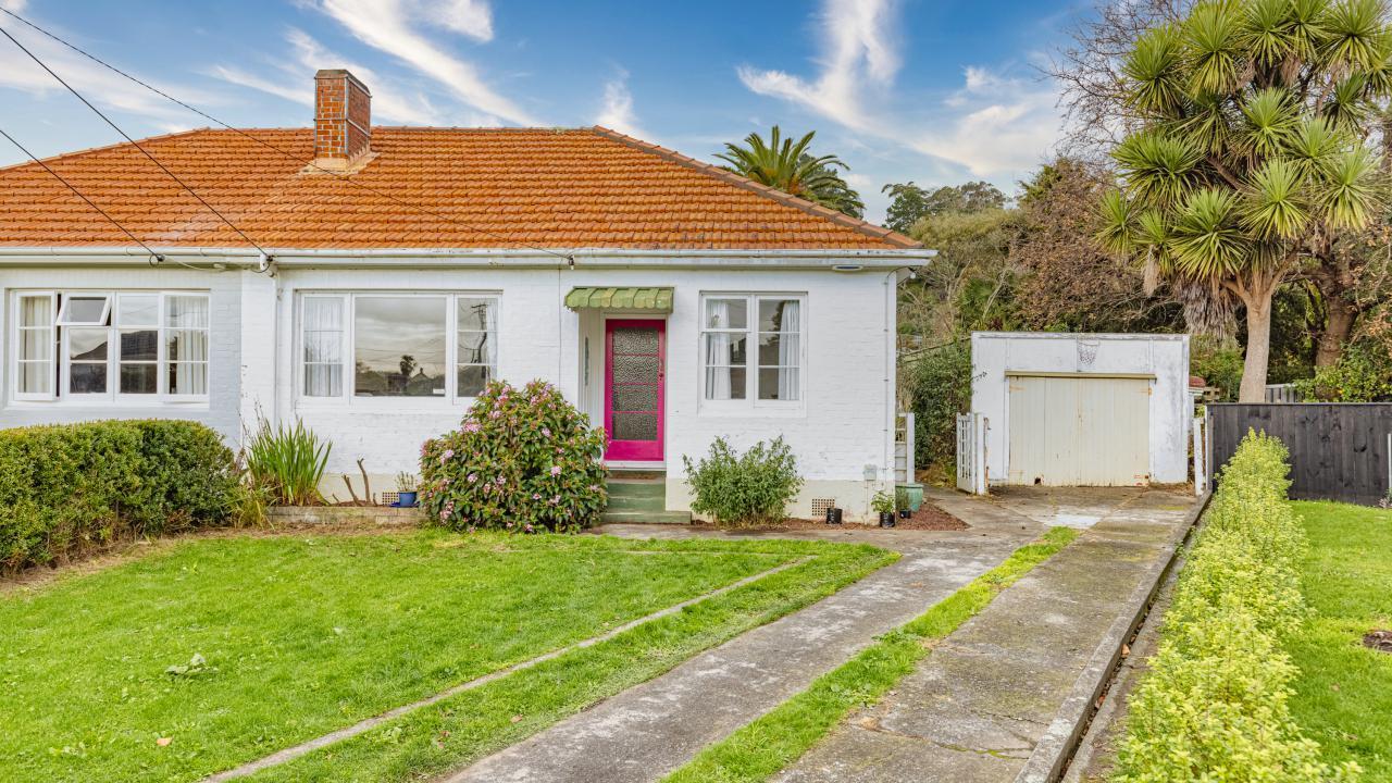 16 Clapham Place, Whanganui East