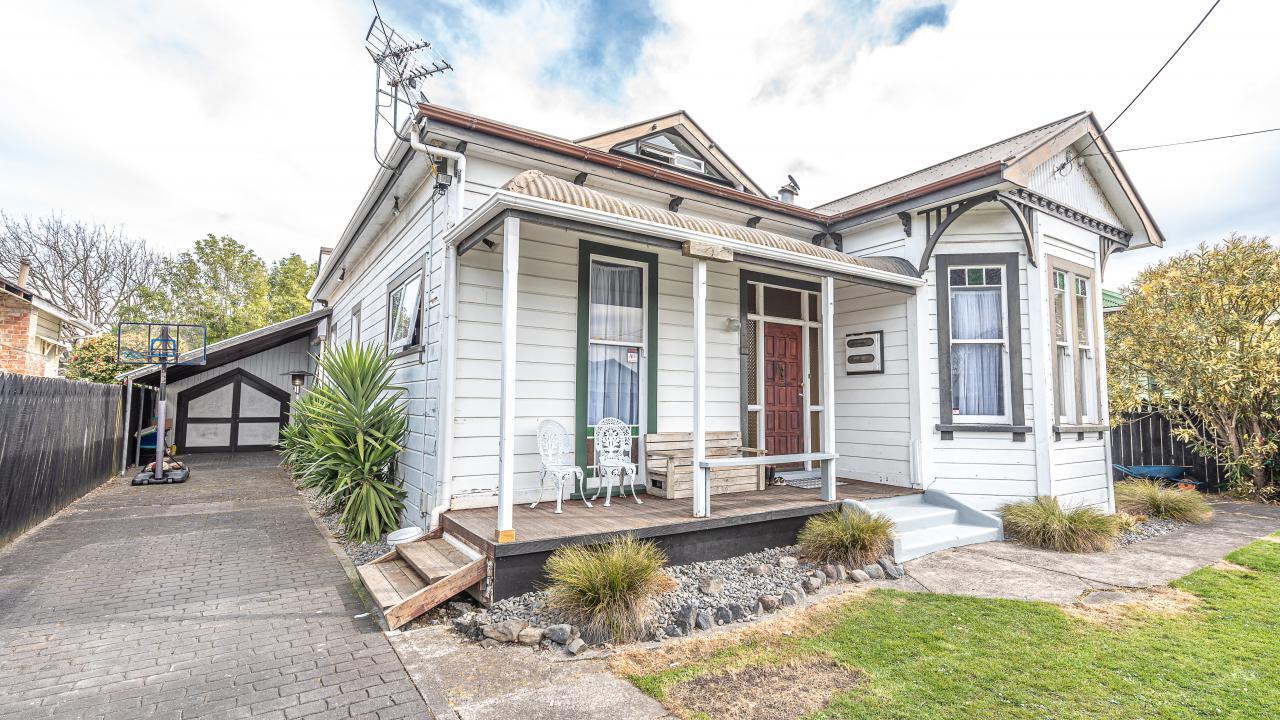 64 Young Street, Whanganui East