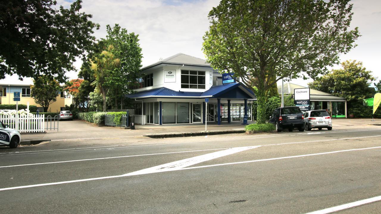 267 Broadway Avenue, Terrace End