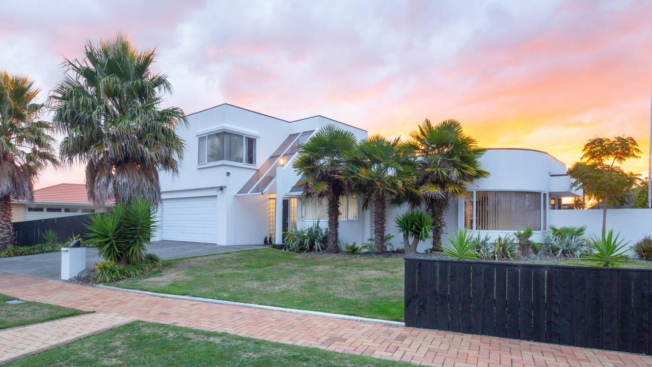 7 Clearview Drive, Milson
