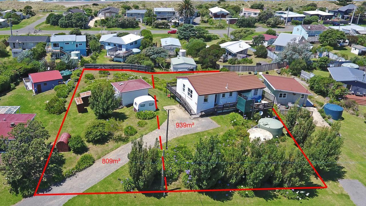 51 Pinedale Crescent, Riversdale Beach