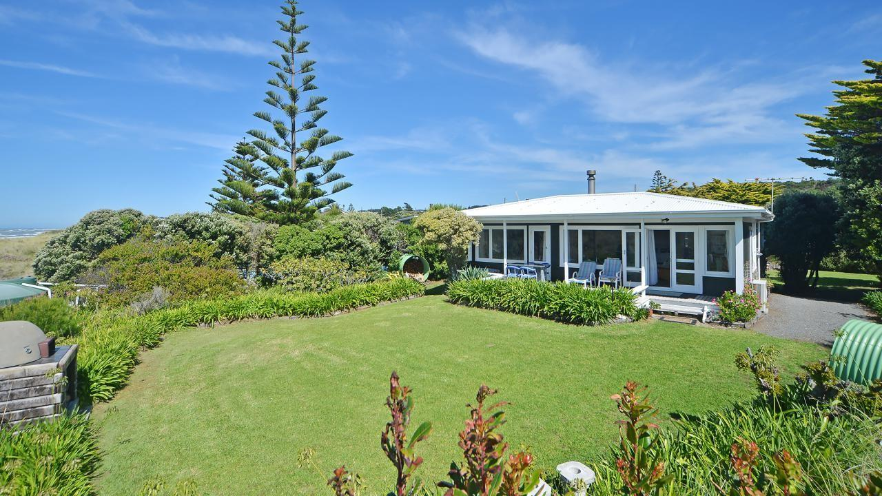 37 Blue Pacific Parade, Riversdale Beach