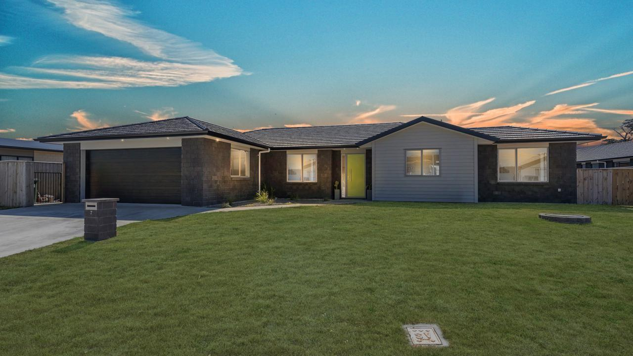 7 Christow Court, Paraparaumu