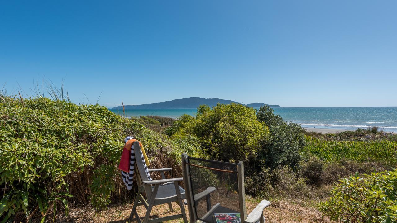 91 Field Way, Waikanae Beach