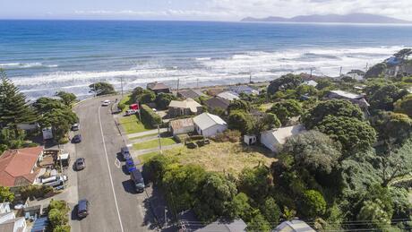 1 Wellington Road, Paekakariki