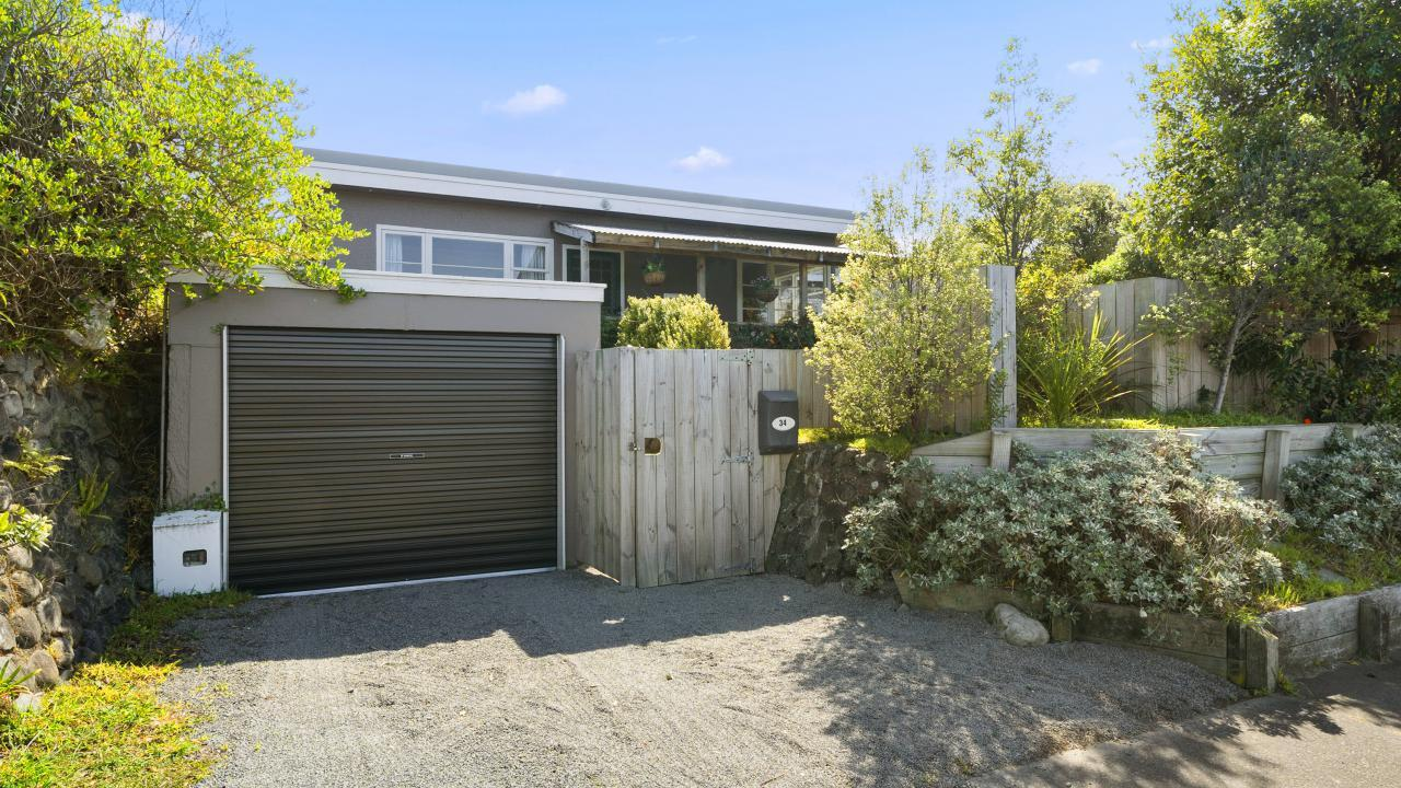 34 Bluegum Road, Paraparaumu Beach