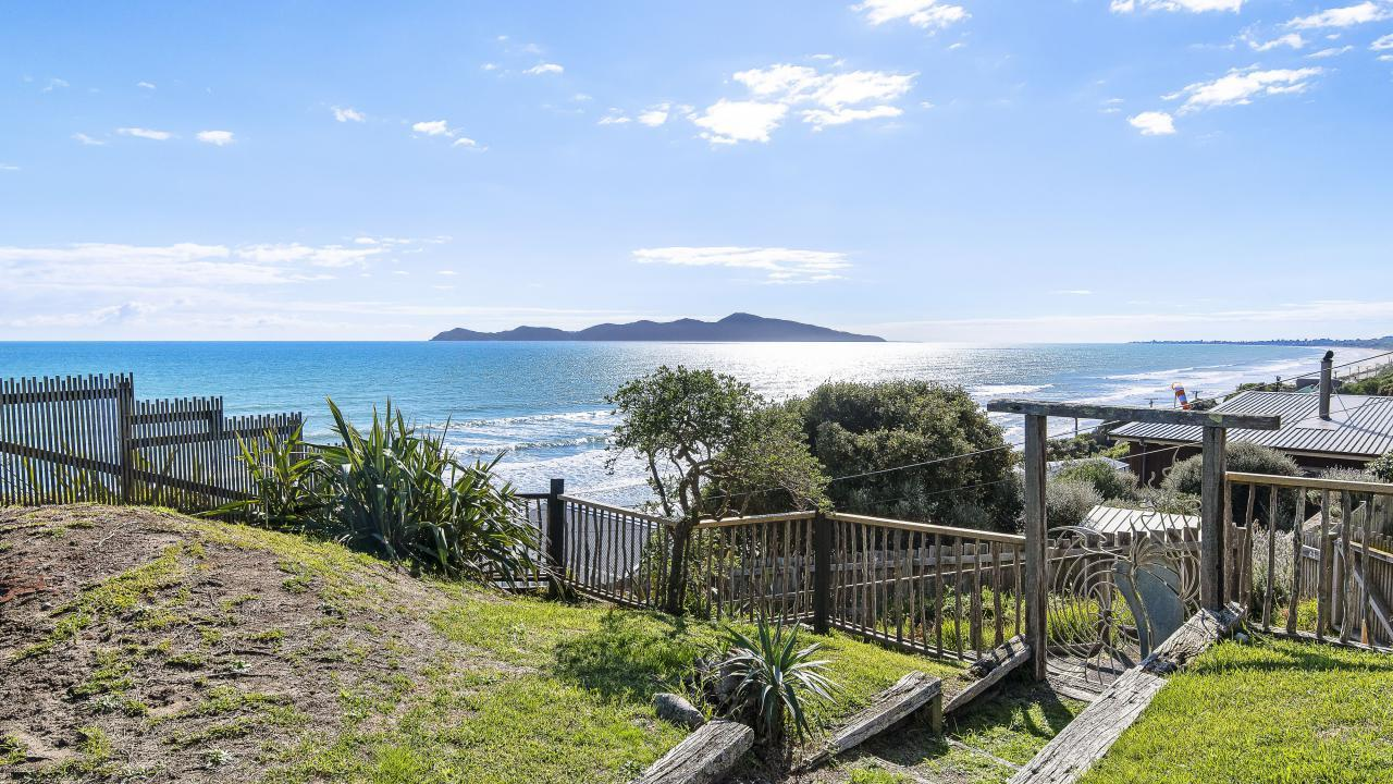 20 The Parade, Paekakariki