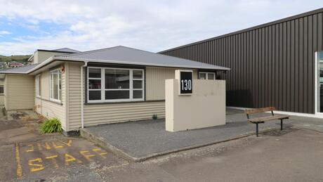 130 Main Road, Tawa