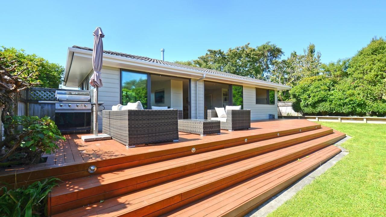 family home plus executive flat c dowling grove silverstream 43c dowling grove silverstream