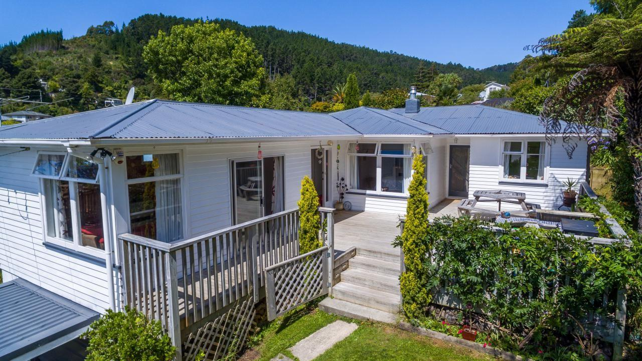 10 Forest Road, Pinehaven
