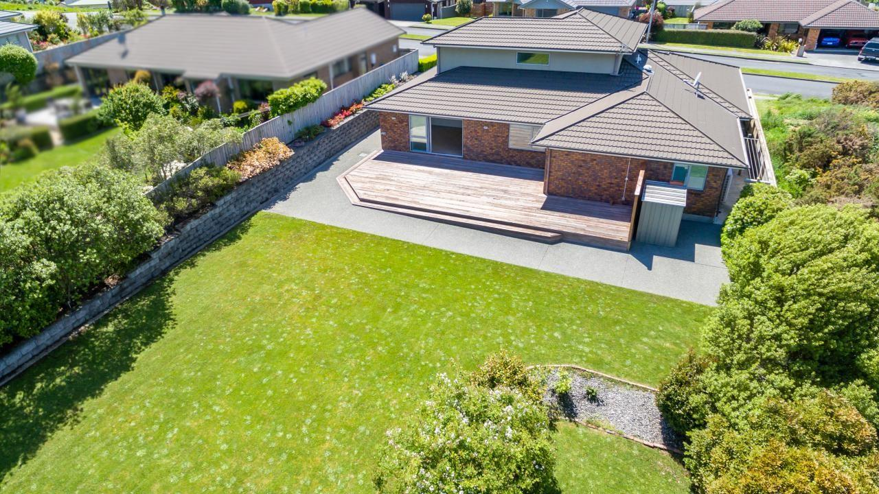 118 Kirton Drive, Riverstone Terraces