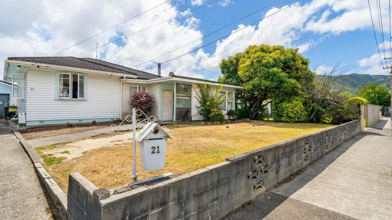 21 Totara Park Road, Clouston Park