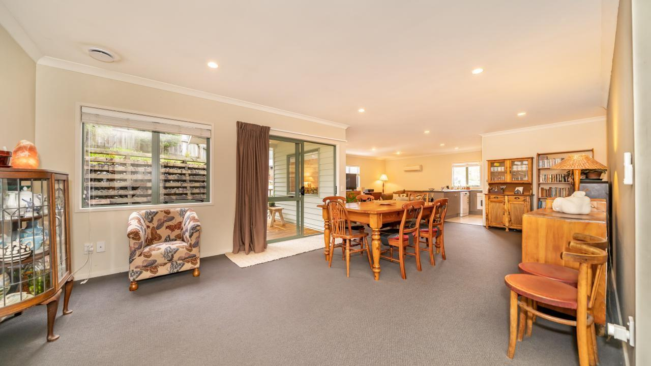 35A Forest Road, Pinehaven