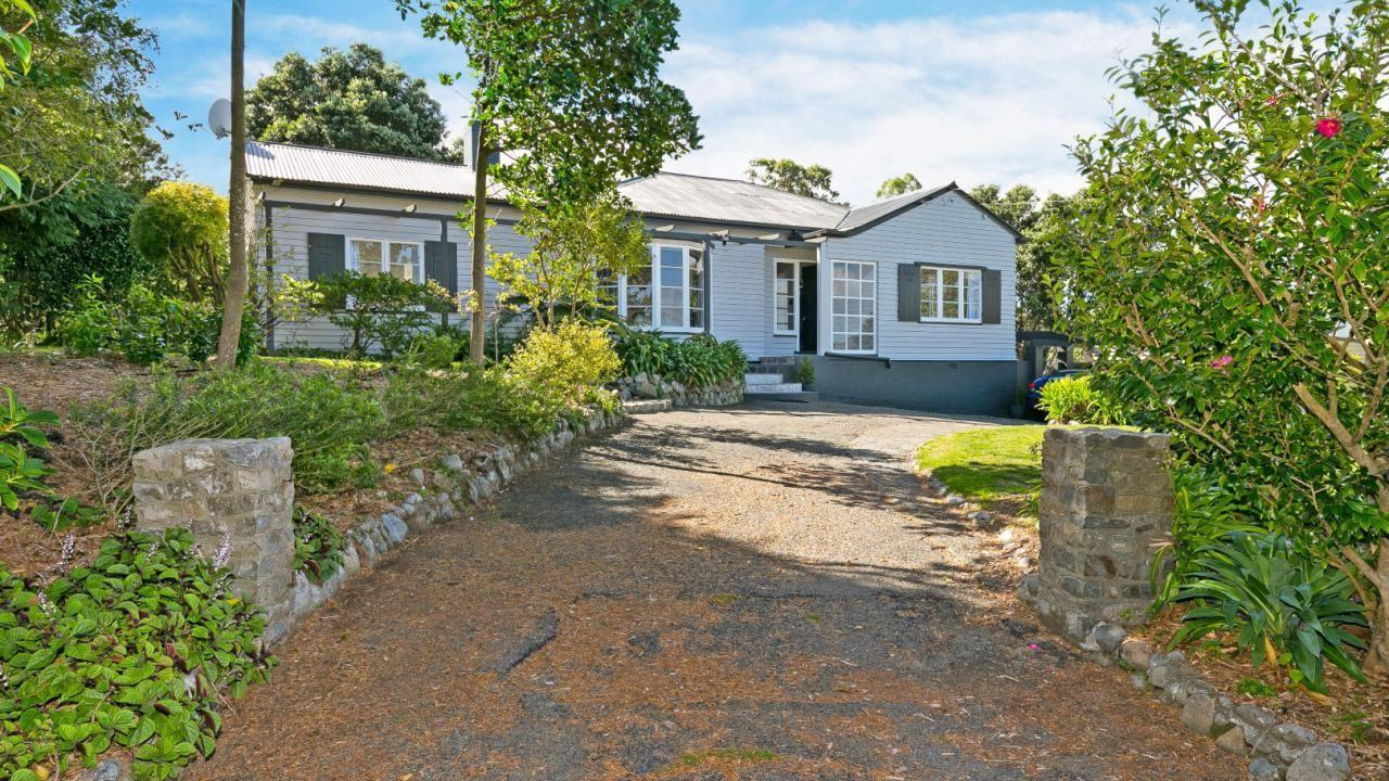55 Wairere Road, Belmont