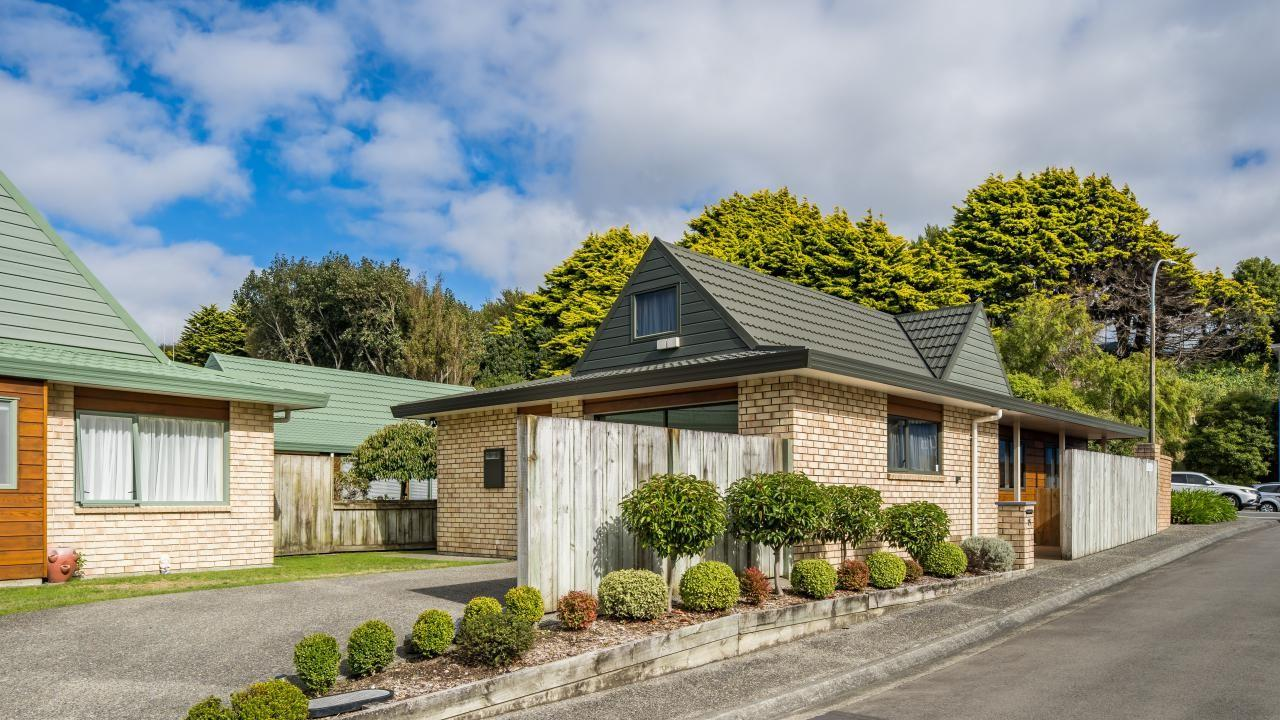 75E/42 Main Road, Tawa