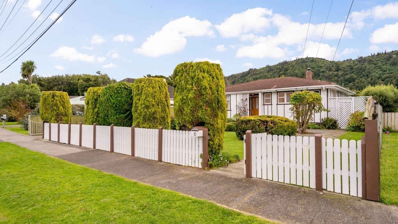 15 Holdsworth Avenue, Trentham