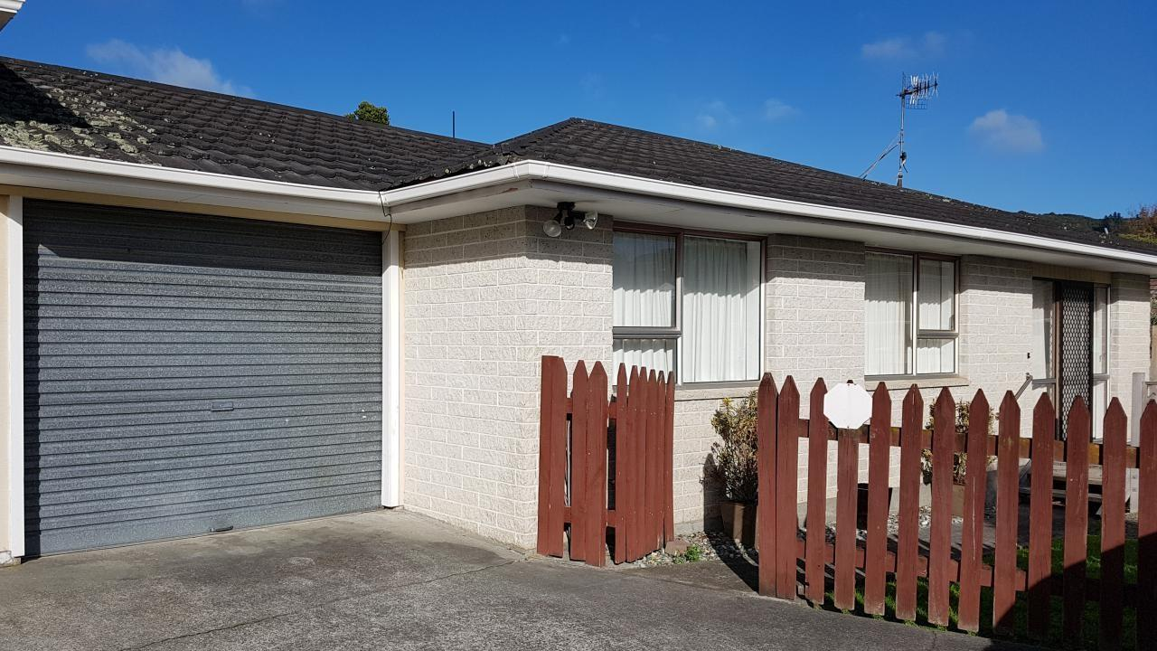 2/34a Montgomery Street, Stokes Valley
