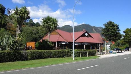 822 Abel Tasman Drive, Pohara