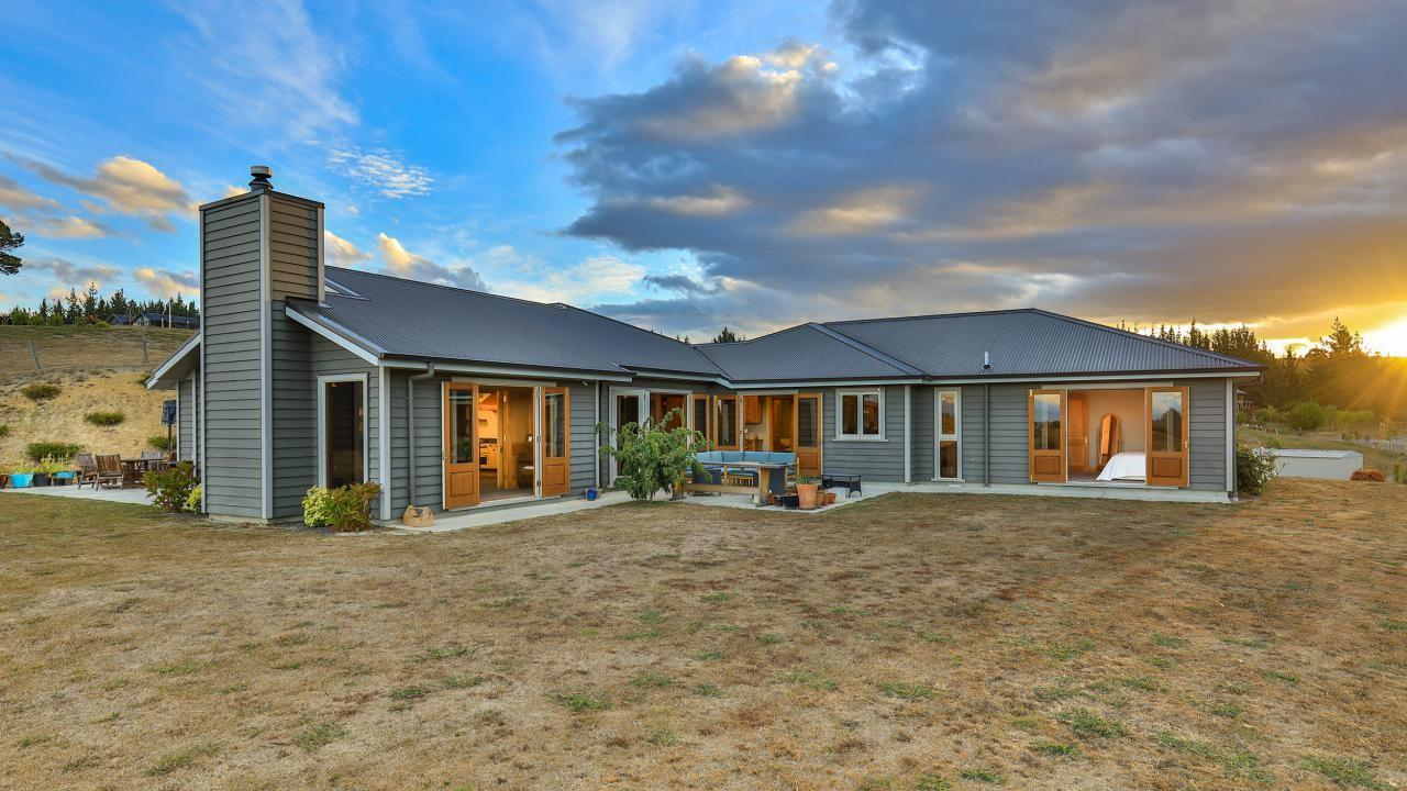 147 Stringer Road, Redwood Valley