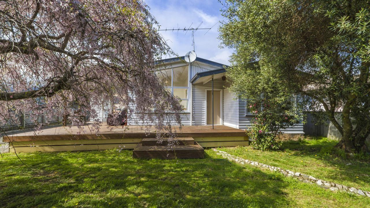 35 Gladstone Road, Richmond