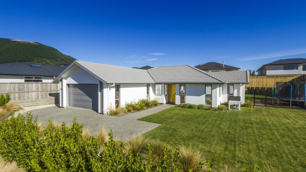 4 Woolshed Drive, Stoke