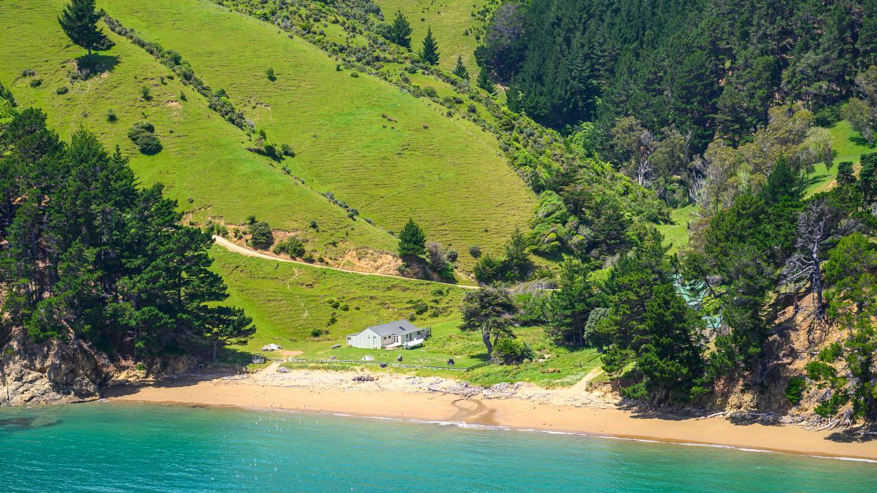 Waikawa Bay, Croisilles-French Pass Road, French Pass