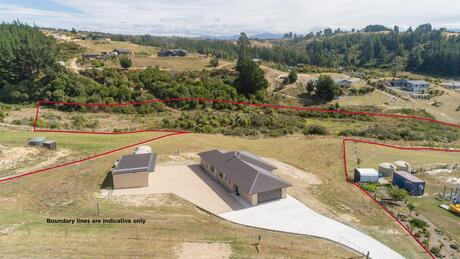 24 Martin Conway Road, Redwood Valley