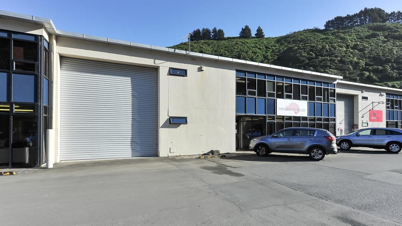 2/4 Glover Street, Ngauranga, Wellington