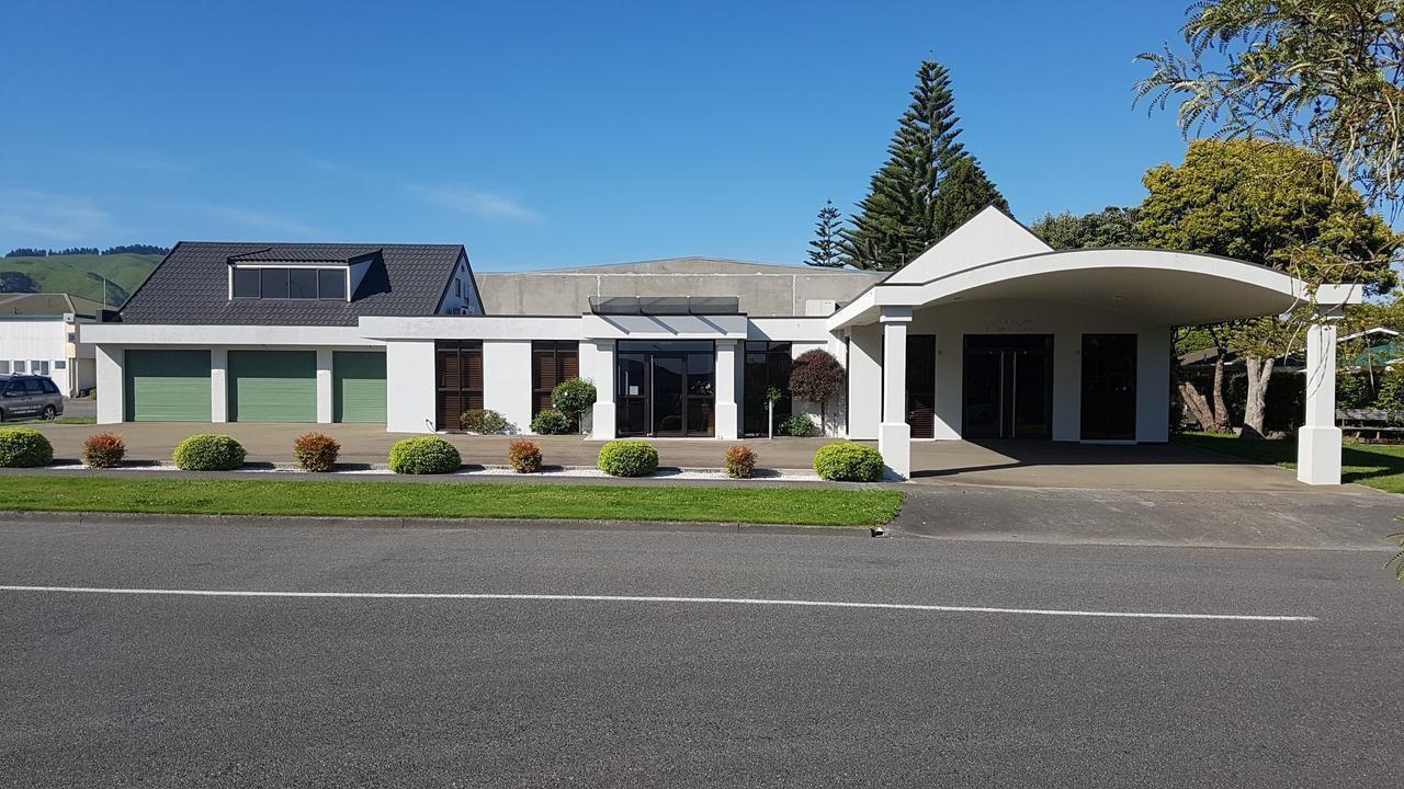 12 Kapanui Road, Waikanae