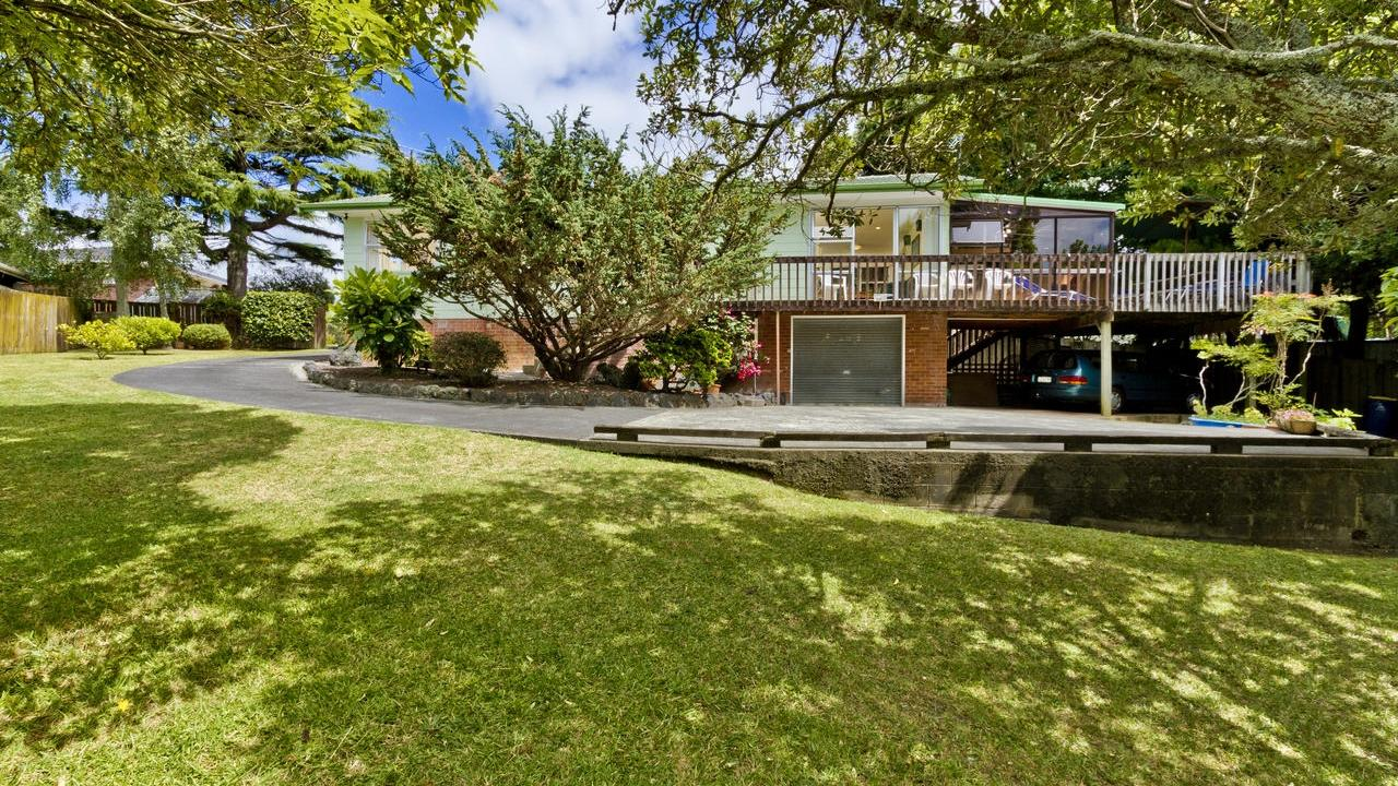82 Sycamore Drive, Sunnynook