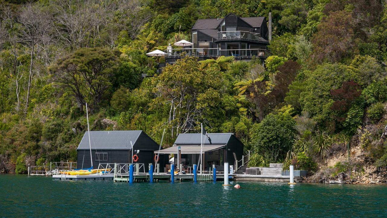 Double  Cove, Queen Charlotte Sound