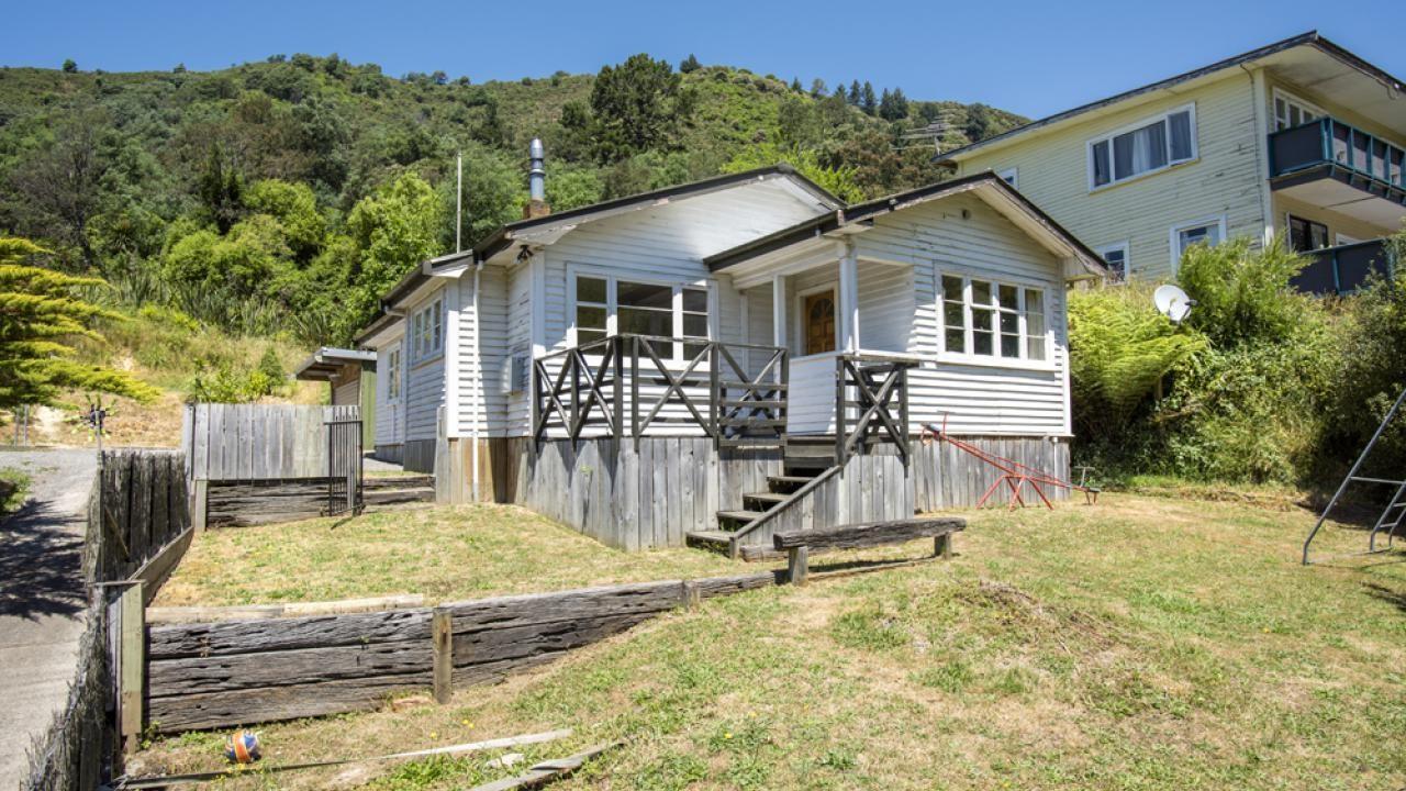 78 Wairau Road, Picton