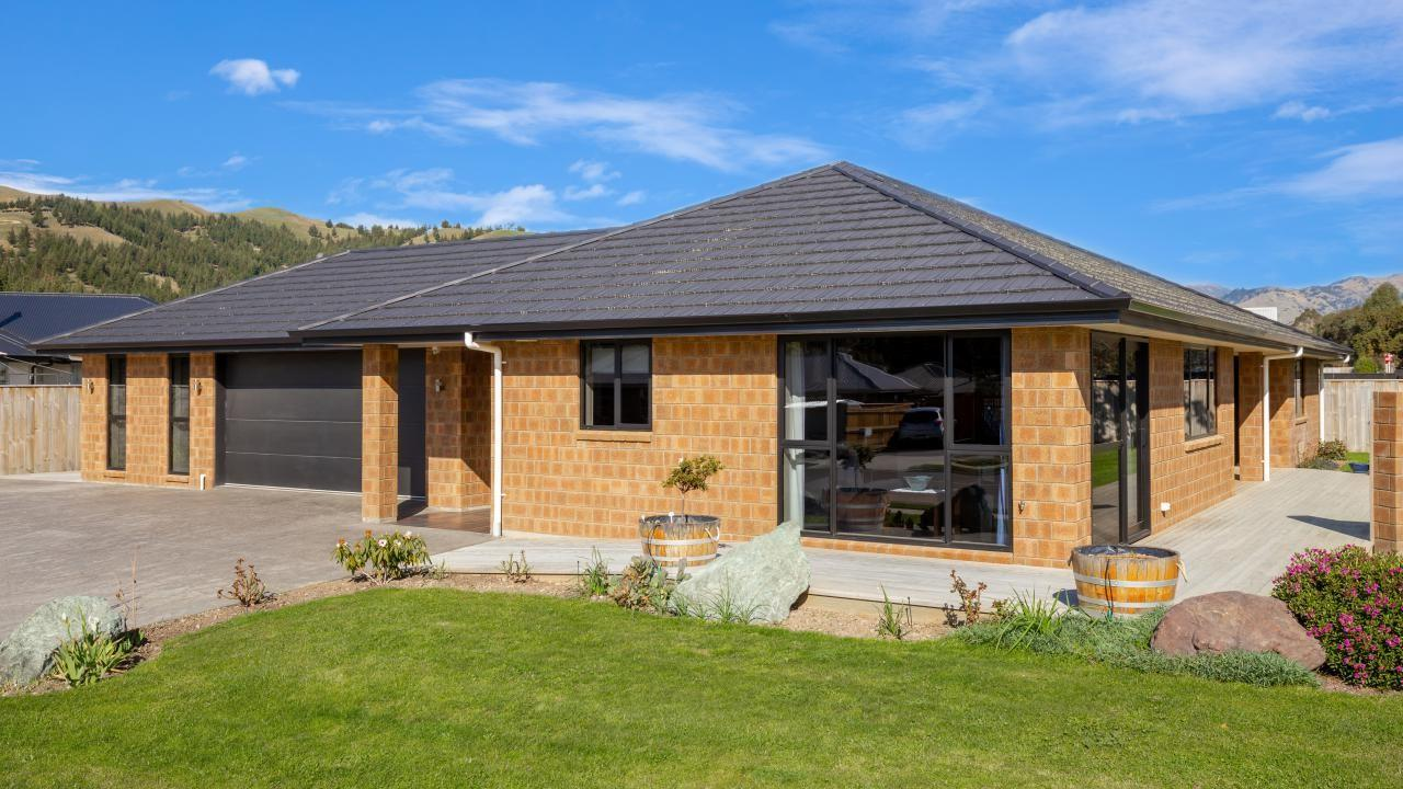 2 Grigg Drive, Witherlea