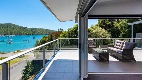 2 Finlay Grove, Waikawa Bay