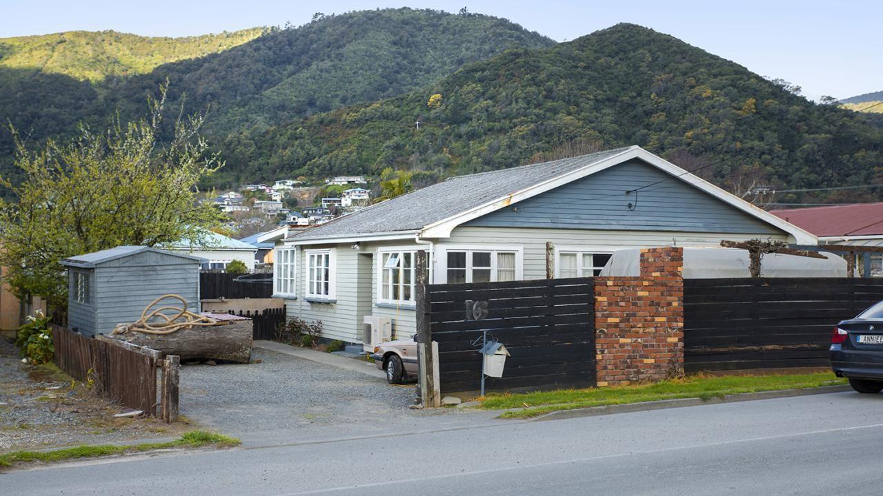16 Kent Street, Picton