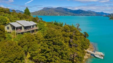 Double Cove, Queen Charlotte Sound