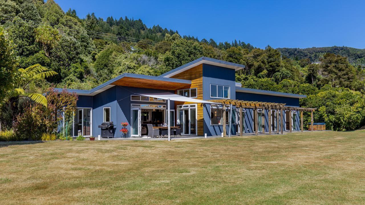810 Queen Charlotte Drive, Marlborough Sounds